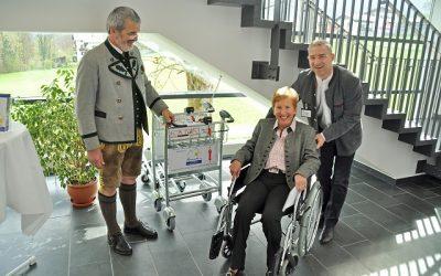April 2014 – Rollstühle für die Ambulanz